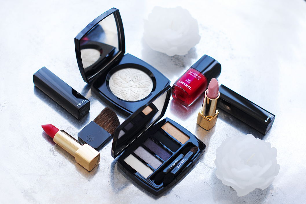 chanel-christmas-collection-2014-rouge-allure-volage-la-famboyante-phenix-camelia-de-plumes-les-5-ombres