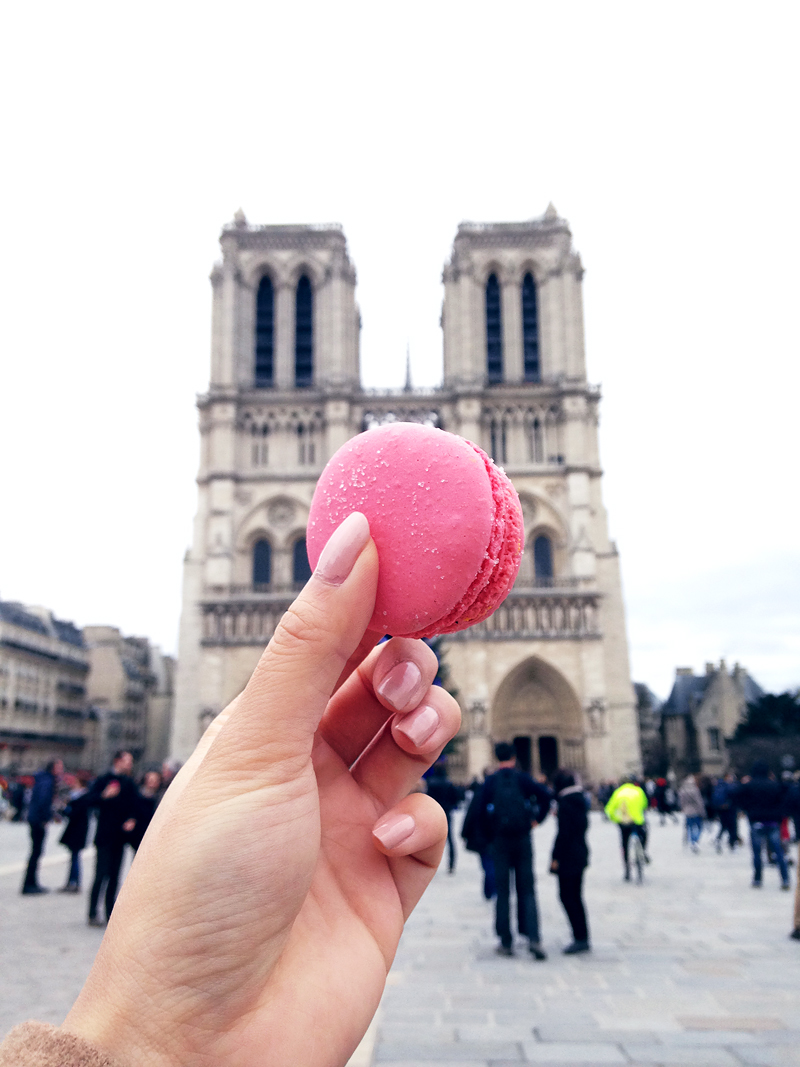 Travel-paris-for-the-weekend-hotspots-hotels-ivgtravels-irenevanguin-blog-rotterdam-parijs-1eretage-st-germain-notredame-macaron