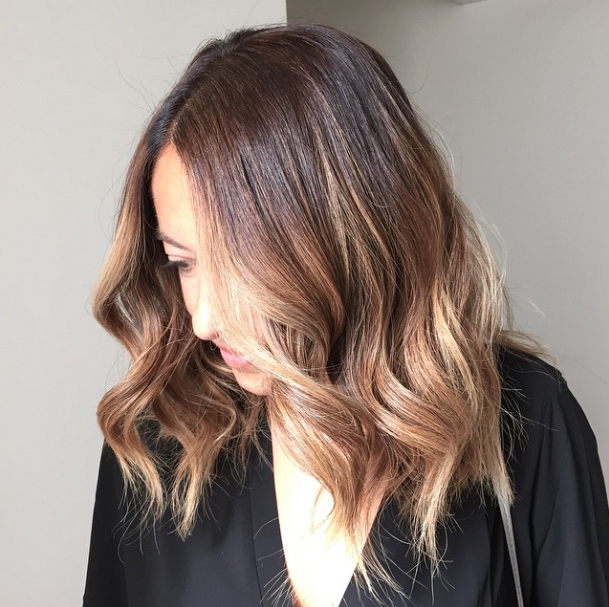 lob-hair-inspiration-beauty-hairstyle-long-bob-omble-brunette