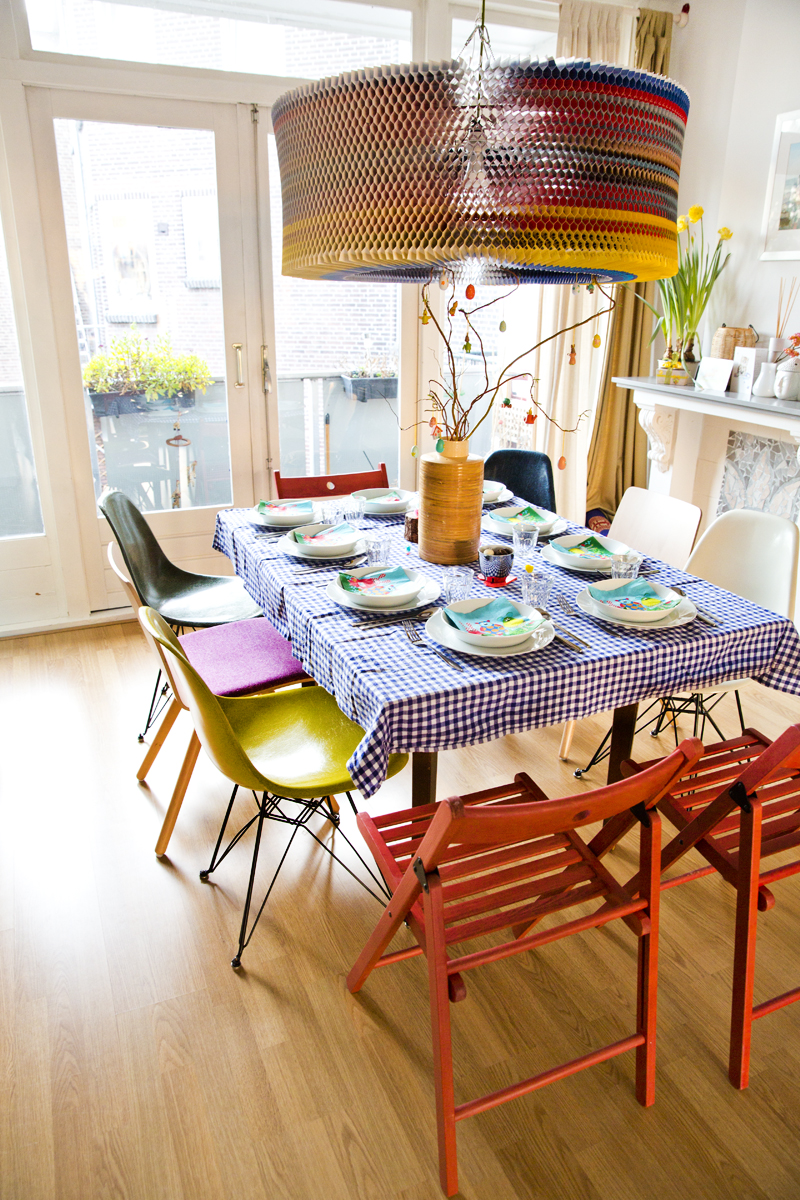 hometour-interior-colorfull-house-irenevanguin-easter