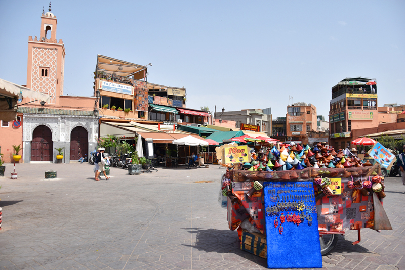 marrakech-travel-when-in-hotspot-irene-van-guin-carpets-kelim-souk-tajin