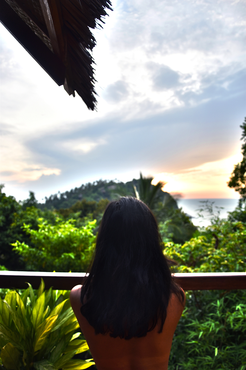 the-sanctuary-resort-koh-phangan-irene-van-guin-travel-beach-haad-tien-the-view-sea-star-house-secluded