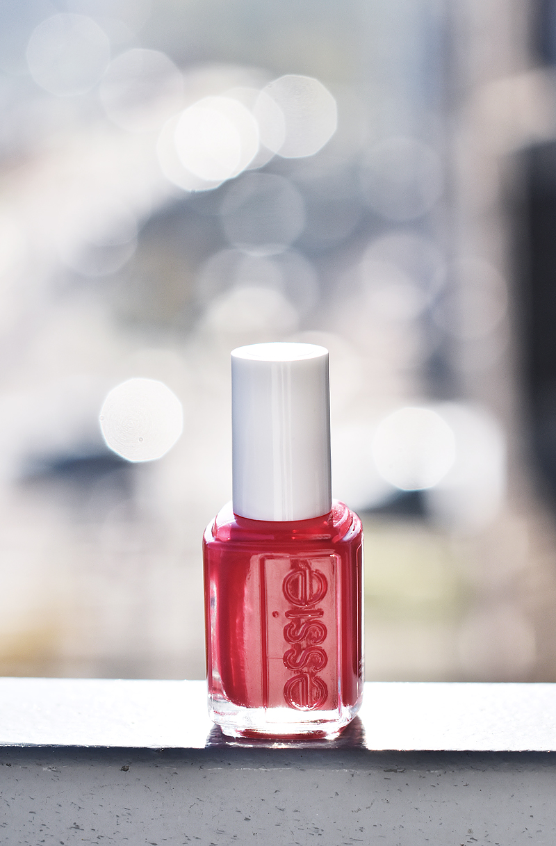 essie-winter-collection-2015-nagelak-nailpolish-irene-van-guin-altitude