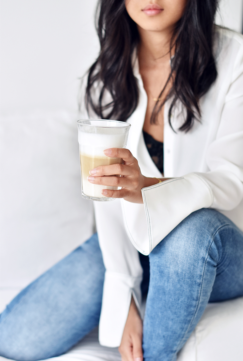 irenevanguin-coffee-blouse-jeans