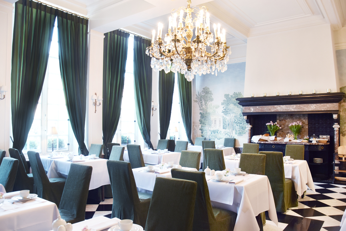 irenevanguin-travel-hotspot-brugge-bruges-hotel-tuilerieen-suite-executive-royal-prosecco-breakfast-buffet-ballroom