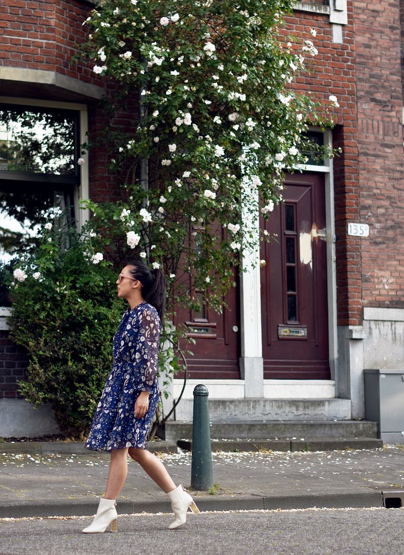 metisu-dress-irene-van-guin-Blue-Floral-Printed-Chiffon-A-line-Mini-3-rotterdam-blog