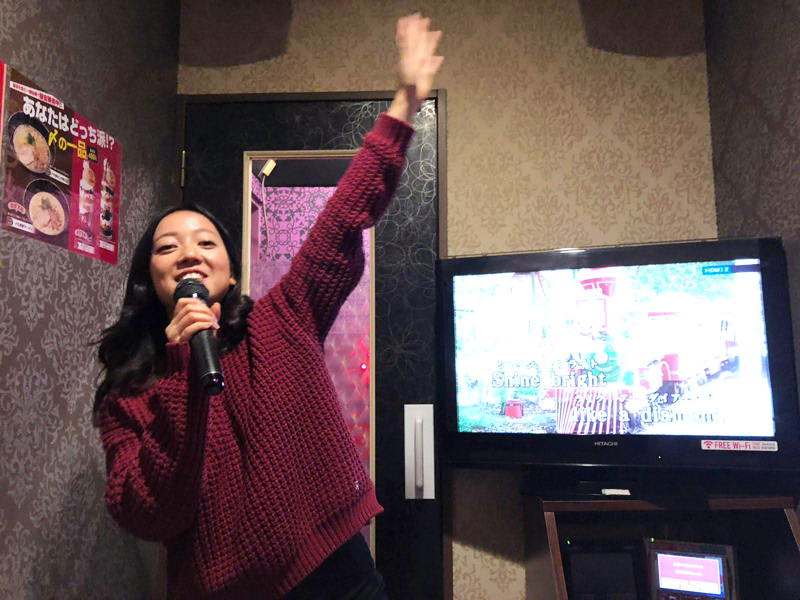 top-7-hotspot-osaka-karaoke-bar-joysound2