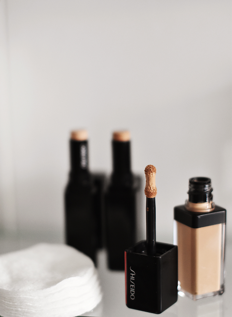 Shiseido-Synchro-Skin-Self-Refreshing-Foundation-concealer-5